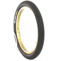 Magnum 2.35 Tire